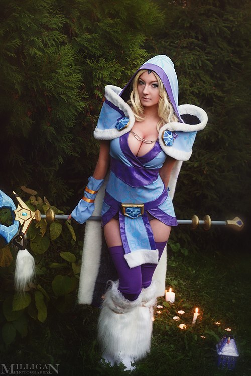 Full set on Crystal Maiden by Milligan 500x750